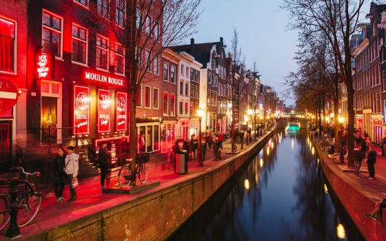 34989_amsterdam_le_red_light_district_a_amsterdam